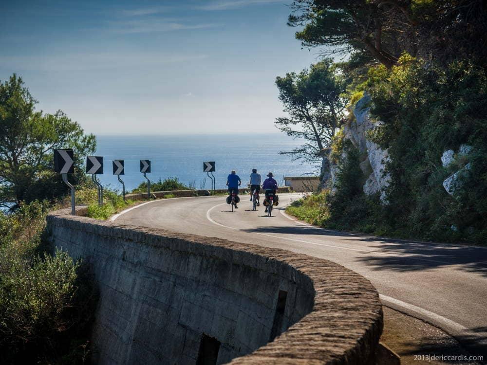 Tour in bici nel Salento eno-gastronomico è una perfetta combinazione di ciclismo, tempo libero e sperimentazione dei sapori del cibo e di vini locali